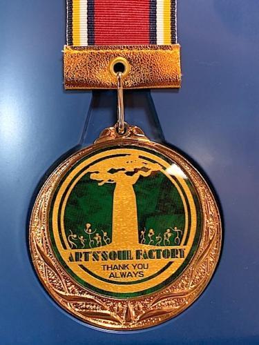 アートン10周年記念メダル